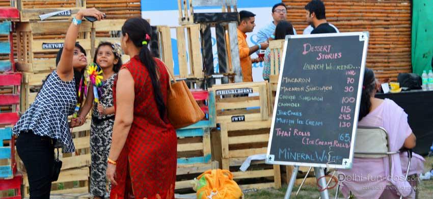 selfies-at-the-grub-fest-food-festivals-delhi-ncr