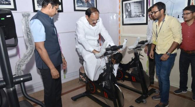 Keeping Health First, Minister Inaugurates Gymnasium in Shastri Bhawan