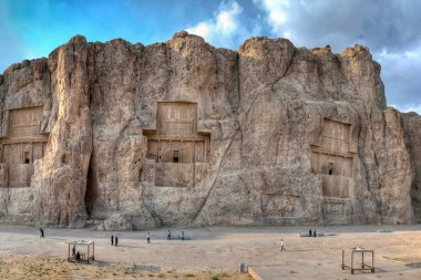 Naqsh-i Rustam – Incredible Reliefs of Persian Empires