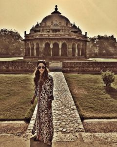 A picture inside Humayun's Tomb complex