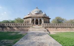 Isa Khan's tomb , New Delhi