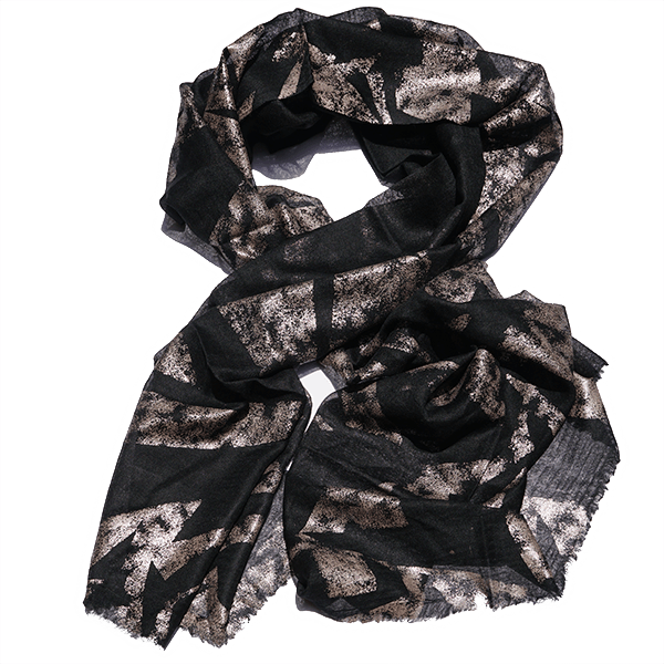 Scarf-Foilprint-black-drape-600px