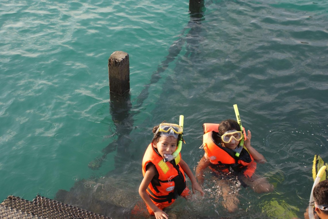 Snorkelling of the jetty in mabul
