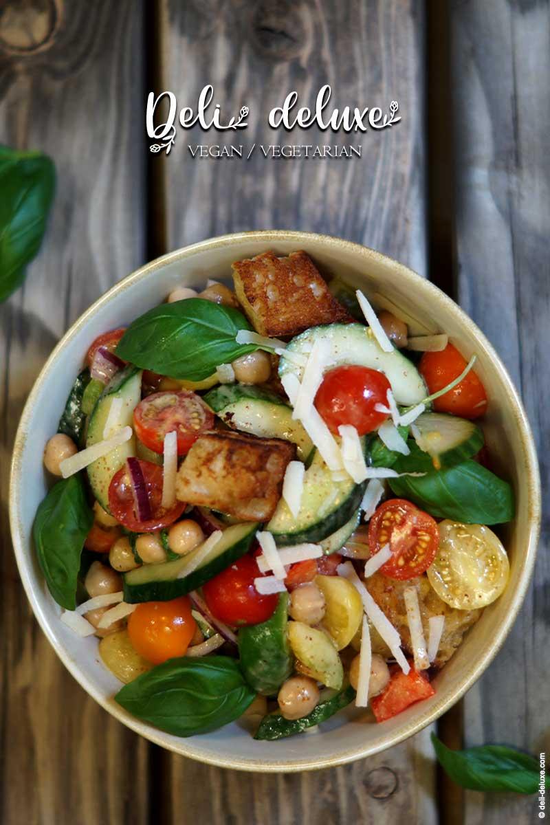 italienischer Sommer Panzanella Salat