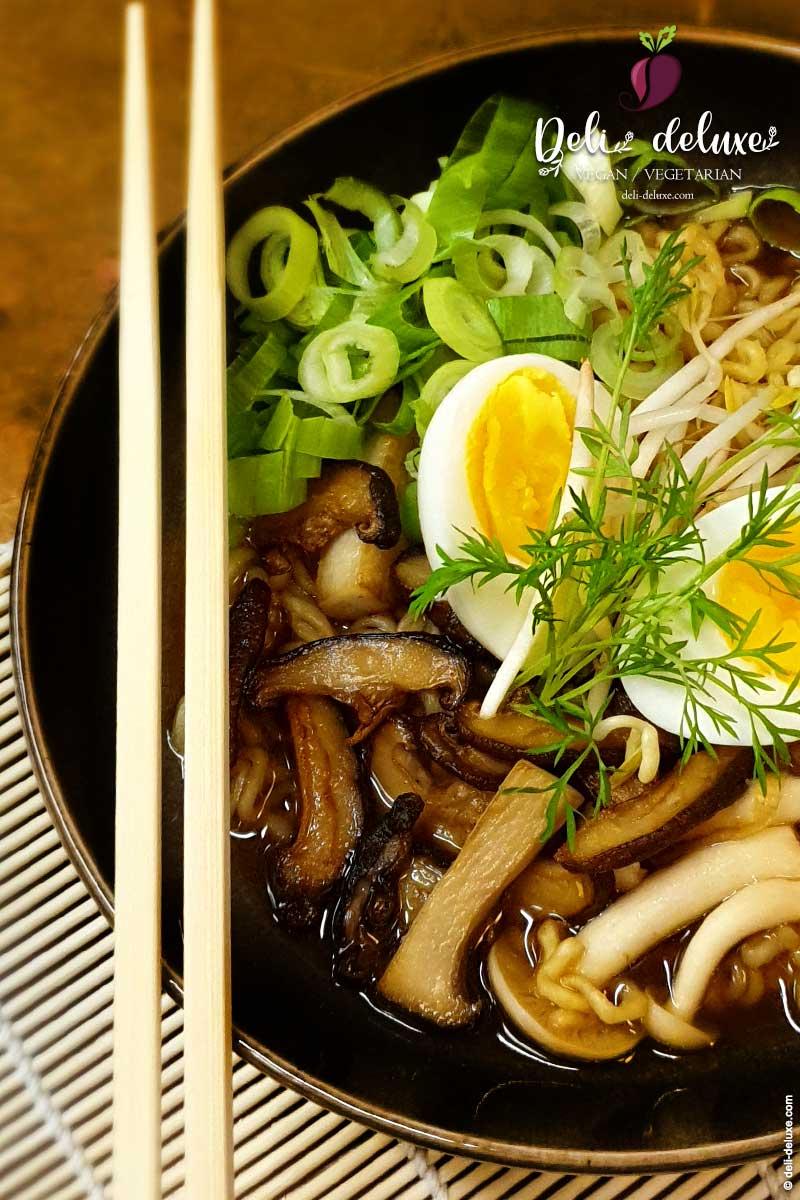 würzigen Miso Ramen mit Shiitake-Pilzen 🥕🥕*