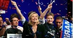 Marine Le Pen: Vzhůru do Augiášova chléva!