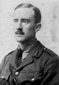John Ronald Reuel Tolkien v roce 1916
