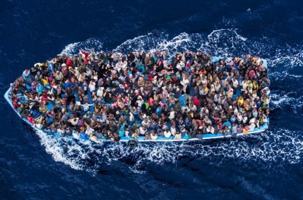 Migranti ve Středozemním moři
