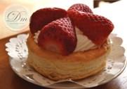 Tartaletas de nata y fresas