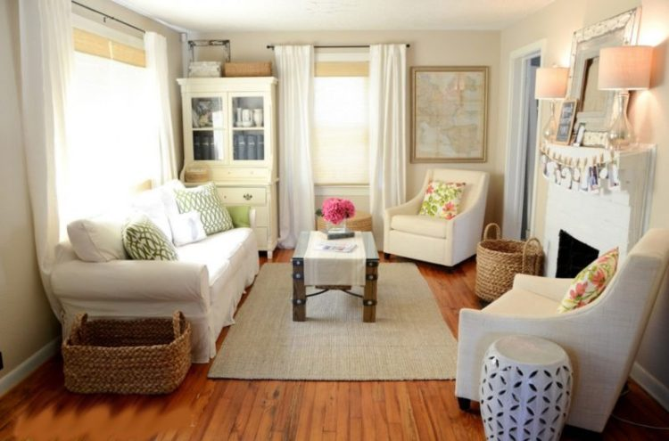 Small living room space decorating