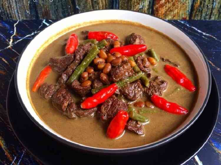Brongkos - food that starts with b