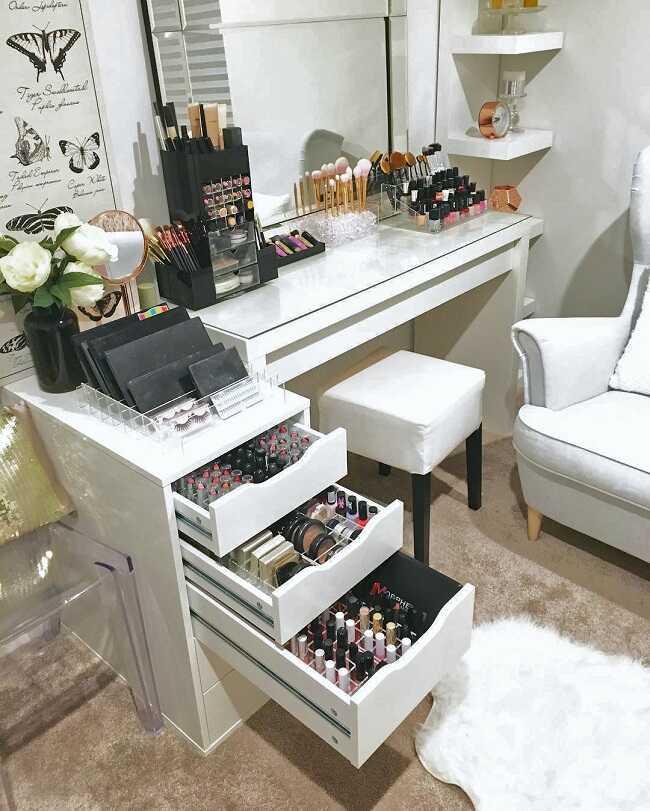 diy makeup room organization