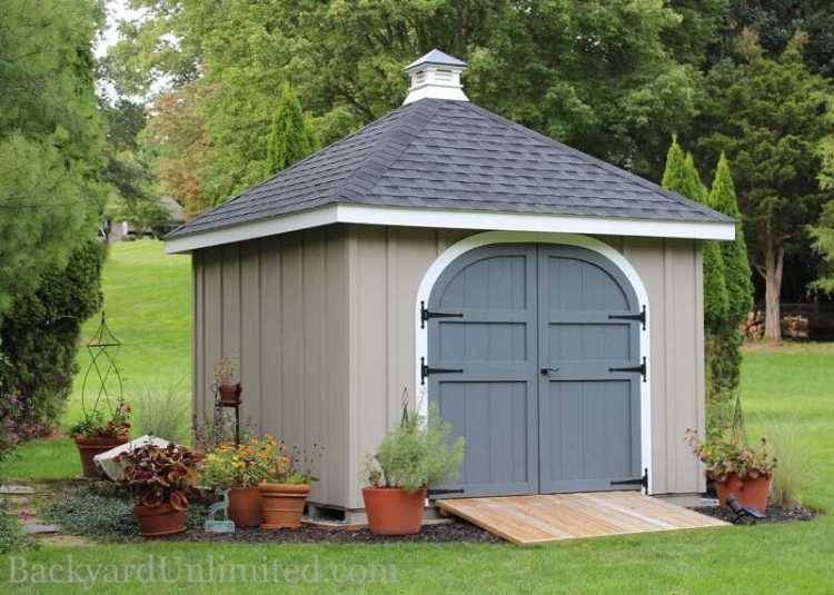 Small shed for storage
