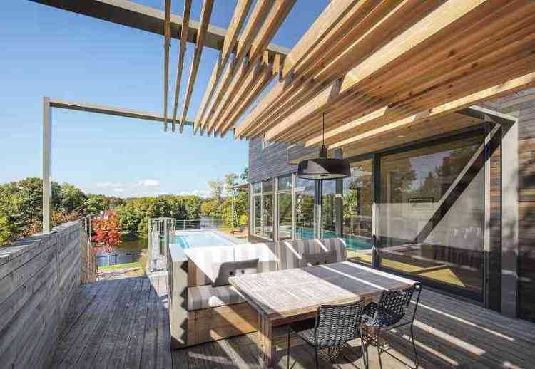 Pergola for rooftop