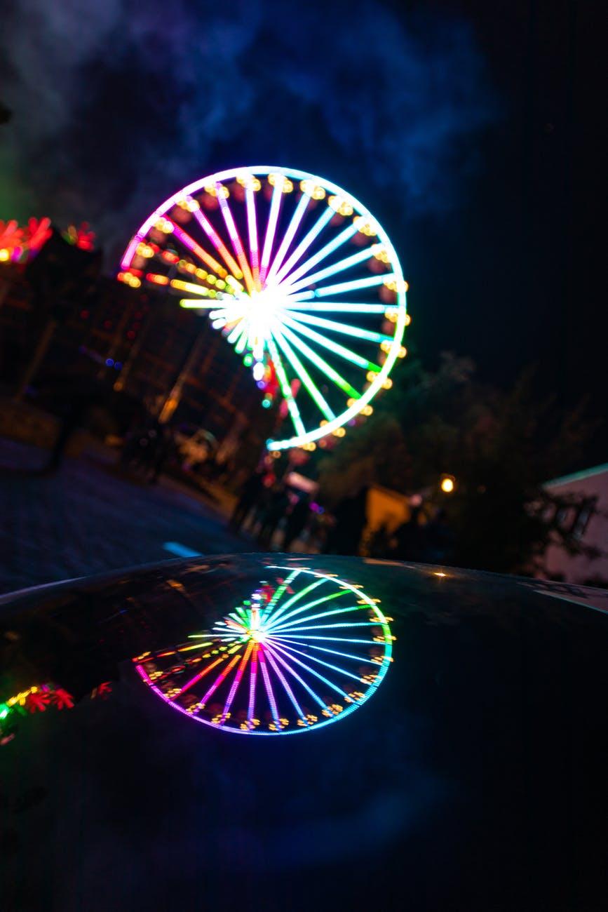 photo of ferris wheel during evening