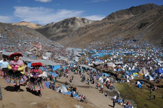Le pèlerinage 'Qoyllur Rity' au Pérou