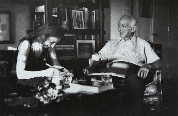 Agathe Gaillard chez André Kertész à New York en 1980 © Françoise Ayxendri