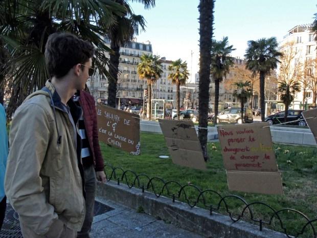 Un carrefour de débats à la Porte Dorée ©Gilles Walusinski