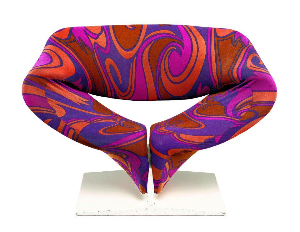 Pierre Paulin (1927-2009), Fauteuil F582 dit Ribbon Chair, 1966 © Coll. Centre Pompidou, musée national d'art moderne / Photo Bertrand Prévost