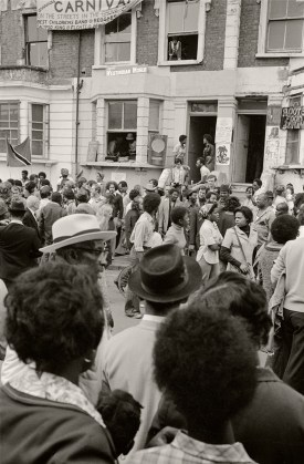 London 1976 - Notting Hill Carnival © Gilles Walusinski