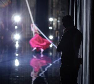 SILENCE(S) à l'initiative de Dominique Dupuy, projet porté par le Théâtre National de Chaillot, prise de vues lors de la première de Tristan et Isolde du Ballet du Grand Théâtre de Genève, chorégraphie Joëlle Bouvier au Théâtre National de Chaillot le 23 mars 2016 ©PatrickBerger