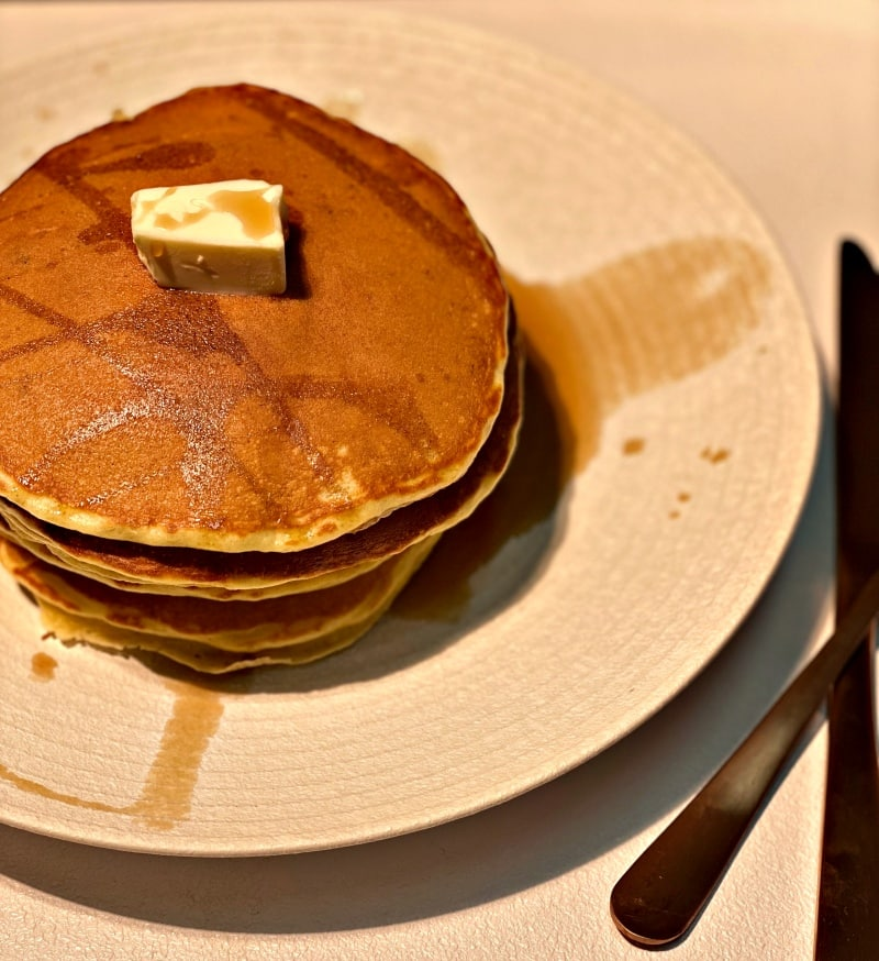 banana pancakes with butter