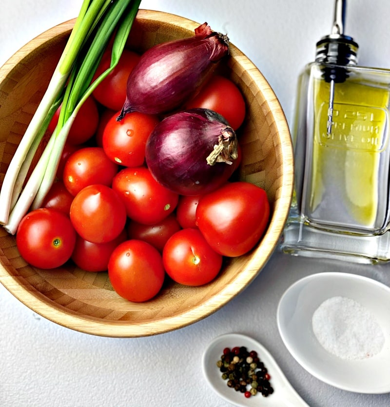 Tomato salad with spring onions ingredients
