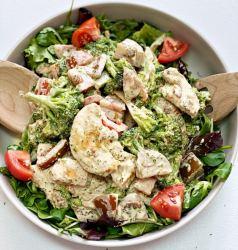 creamy chicken broccoli salad
