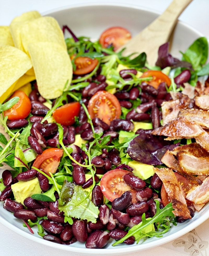 Black bean salad with bacon