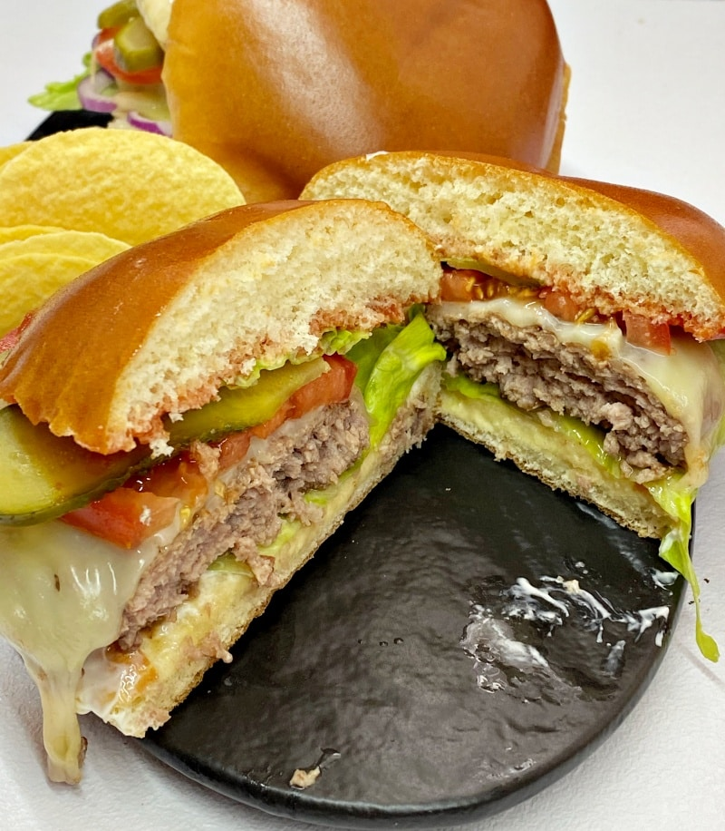 Homemade Juicy Cheeseburger