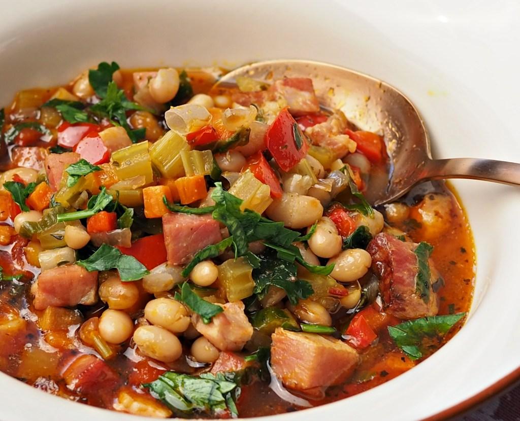 Instant Pot Ham and Beans Soup