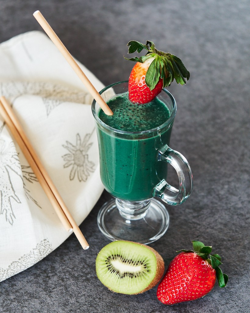 The Best Green Spirulina Smoothie