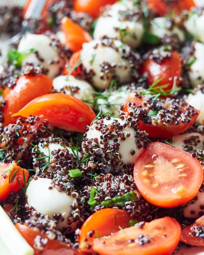 Healthy Quinoa Caprese Salad