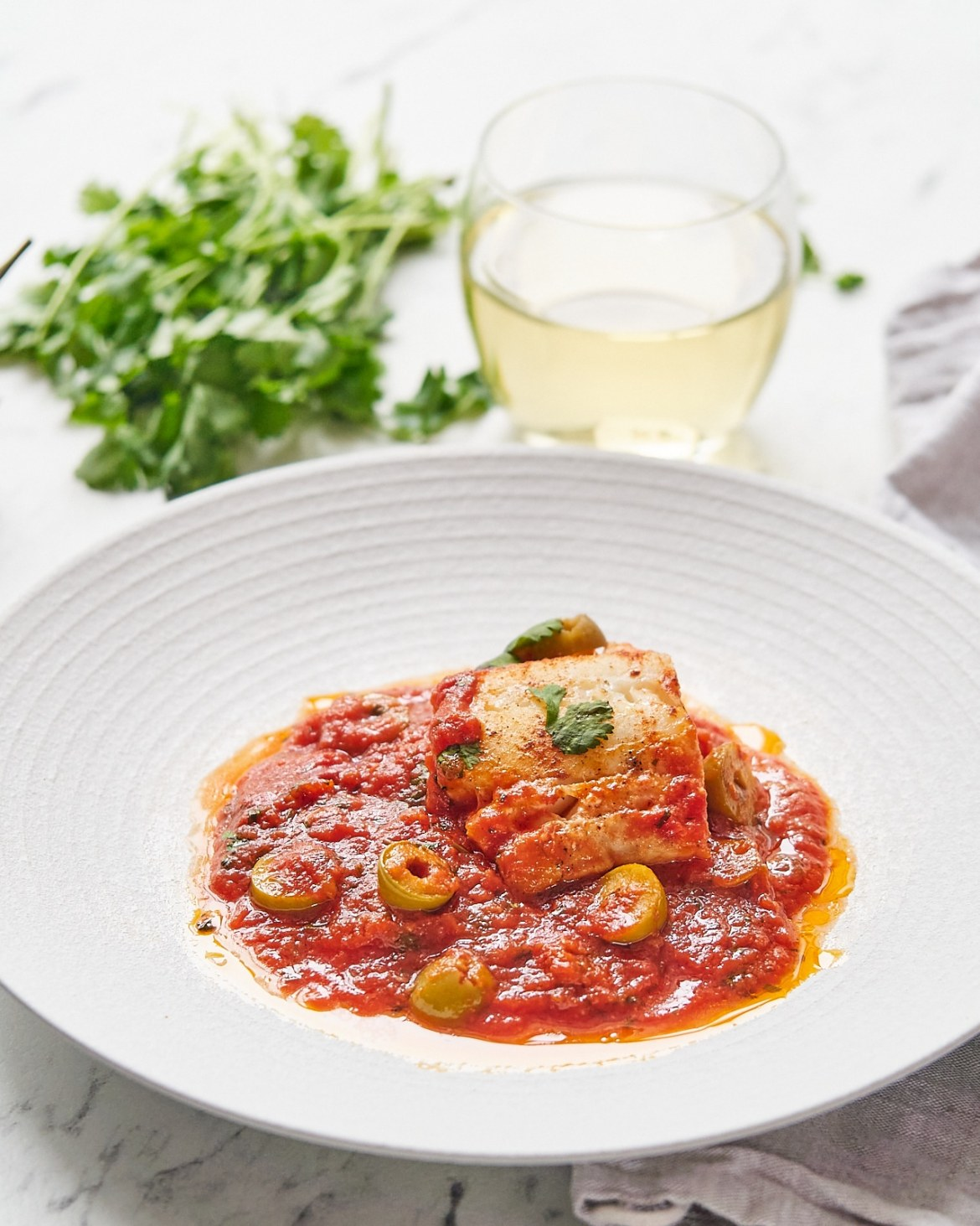 baked cod fillets in tomato sauce