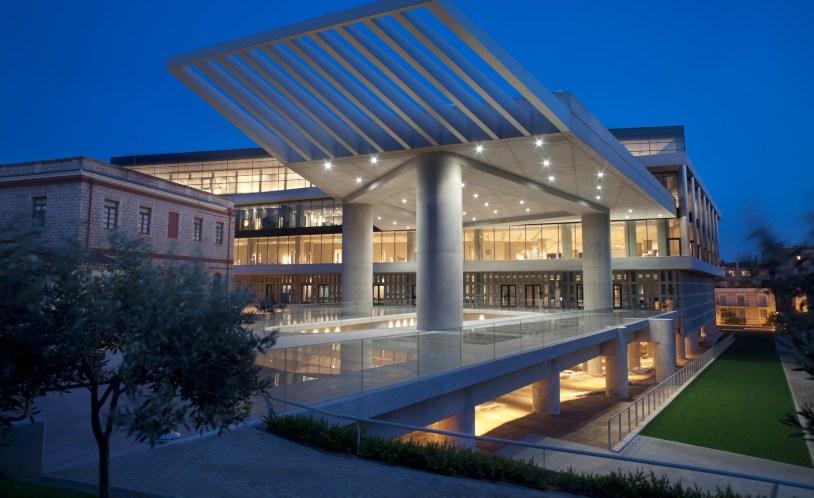 Museu da Acropole em Atenas, Grécia. Do post O que Fazer em Atenas do Delicia de Blog.