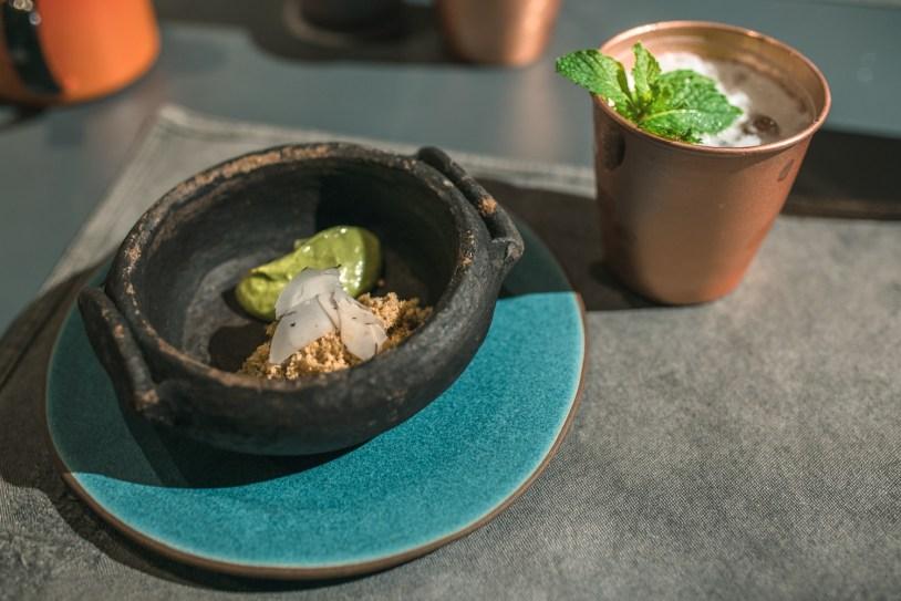 Caranguejo com avocado e castanho do Pará servido no Brastemp Experience
