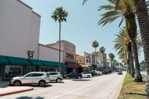 Lojas no Riverfront de Daytona Beach, na Florida