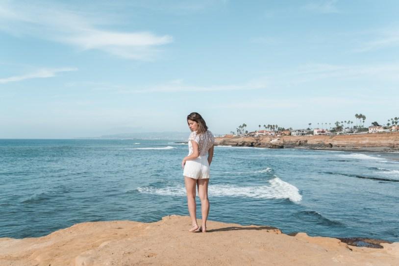 Raira Venturieri em Sunset Cliffs, em San Diego