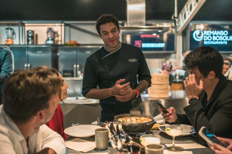 Chef Thiago Castanho em evento no Brastemp Experience, em Sao Paulo