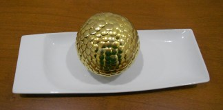 Bola dourada Decorativa