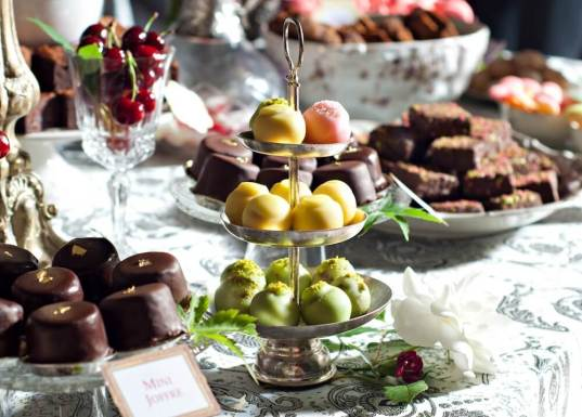 Forbes Romania, gala Forbes, DS premium event design, vintage candy bar