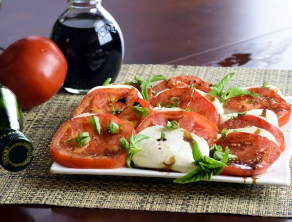 Grilled Tomato Caprese Salad