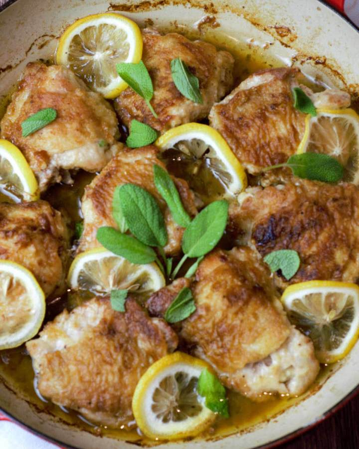 featured image dutch oven chicken thighs