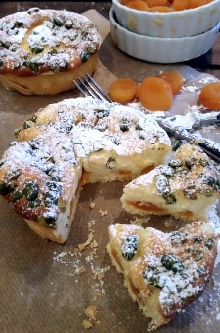 Einer meiner Lieblingskuchen einmal anderst…Quarktörtchen mit Aprikosen und Pistazien