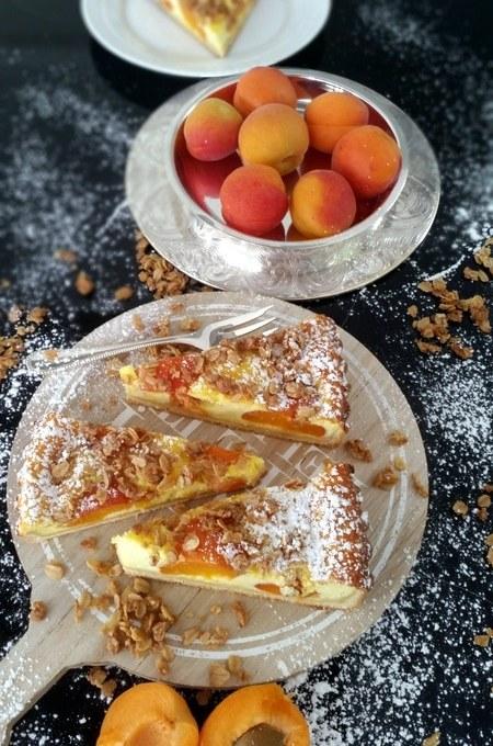 Aprikosen- Quark- Wähe mit Haferflocken- Crunch