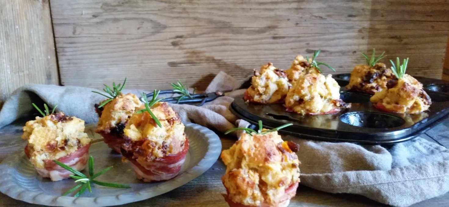 Fingerfood-Knusprige Mini- Muffins mit Pancetta und getrockneten Tomaten