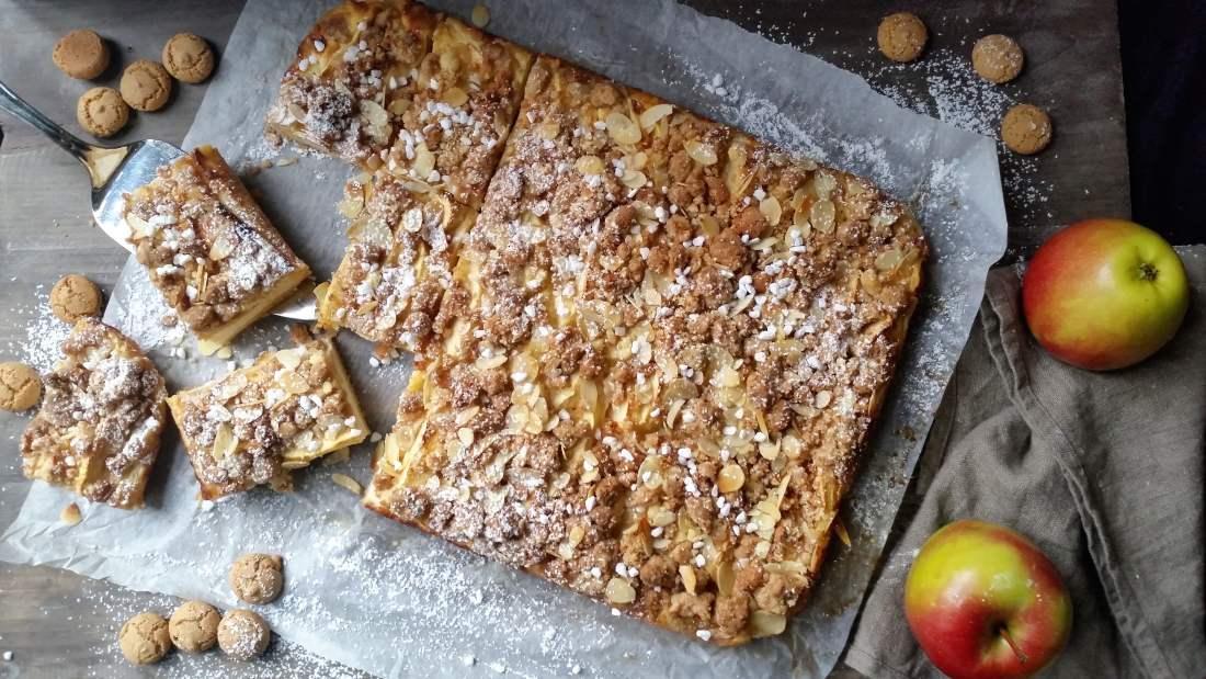 Apfel- Cheesecake mit Amarettini