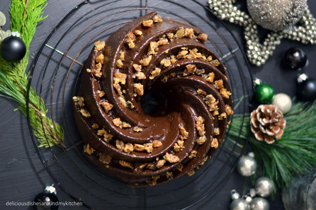 Maronen- Gugelhupf mit Schokolade und Baileys