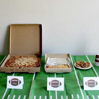 Game Days and Easy Dinners (Plus A Football Name Card Tutorial)