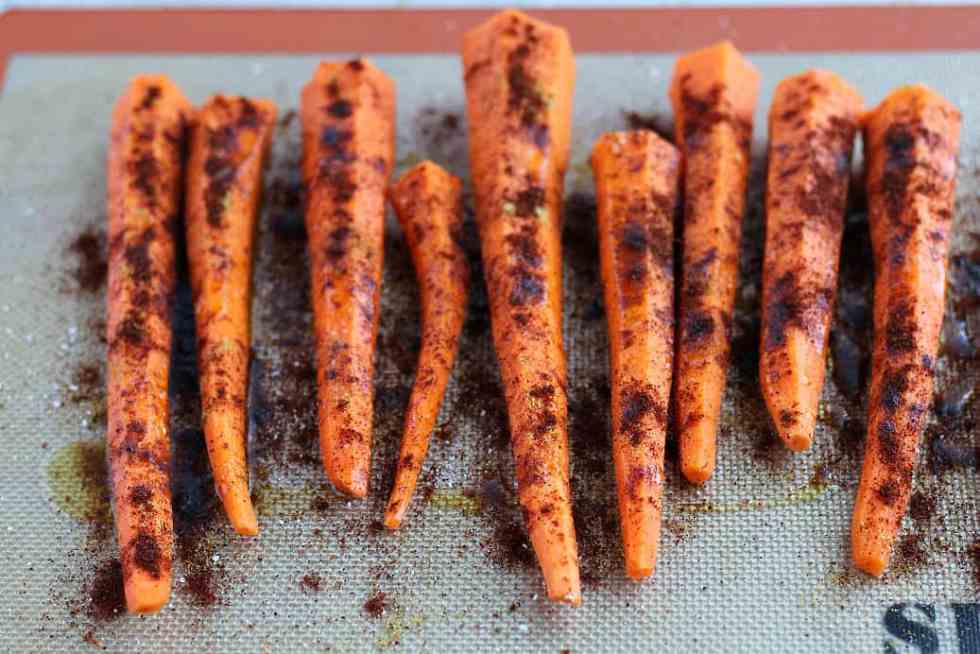Raw Carrots with Seasoning
